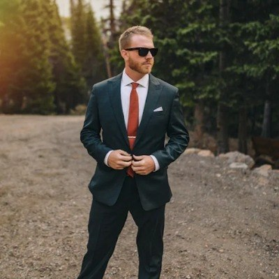 How to perfectly match your shirts, suits and ties