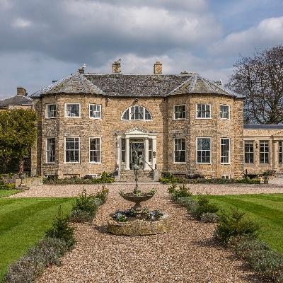 Lincolnshire's Washingborough Hall is the perfect wedding location