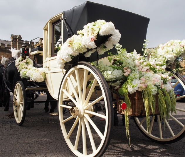 Horse and carriage decorated in beautiful florals