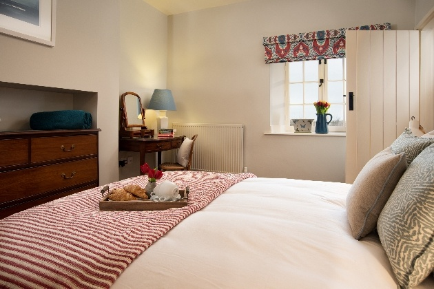 elegant bedrooms cosy feel
